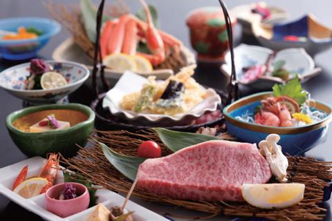 【★お一人様5000円OFF】★人気のステーキ会席など美味しい料理と温泉満喫★